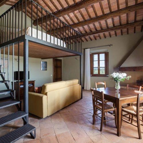 siena-agriturismo-chianti-hotel-monteriggioni-00001
